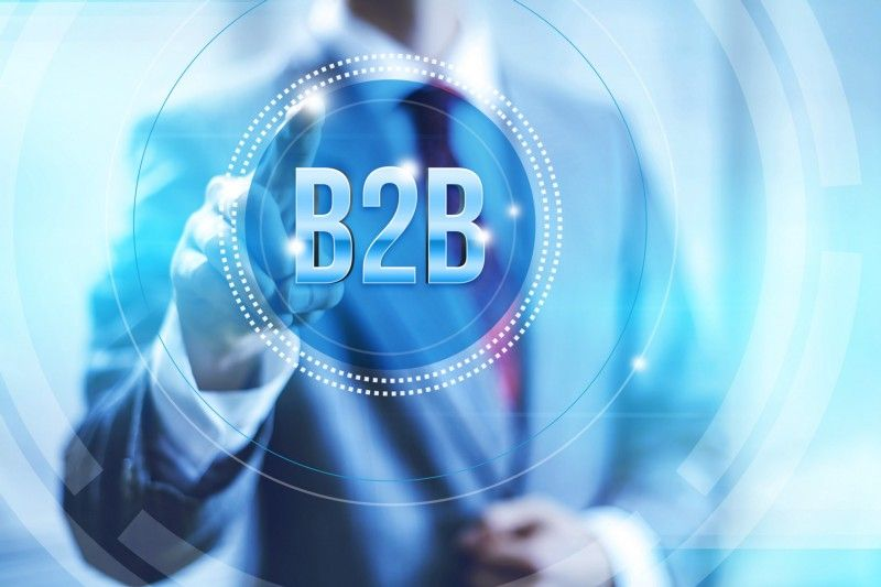 Engagement and reviews enhance B2B SaaS marketing